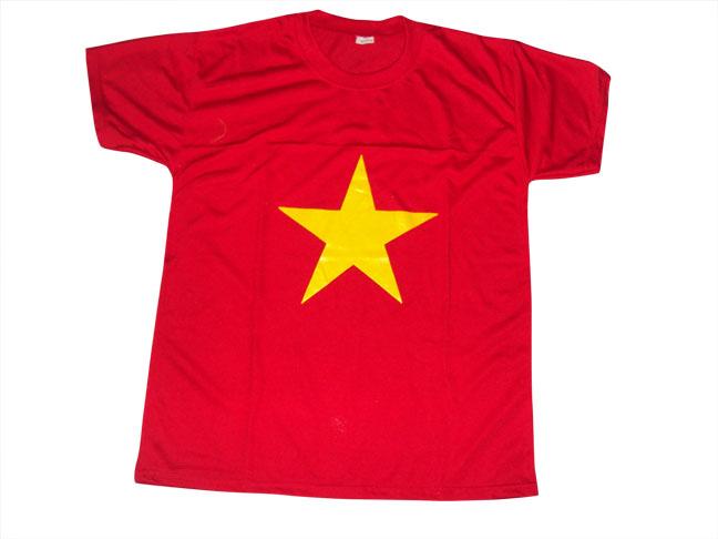 Áo cờ đỏ sao vàng 001