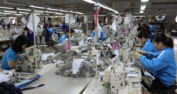 Các nhà sản xuất dệt may đang chuyển hướng sang Đông Nam Á