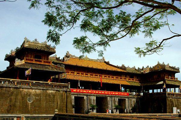 Đình nghị - Chế độ làm viêc của triều đình Nguyễn