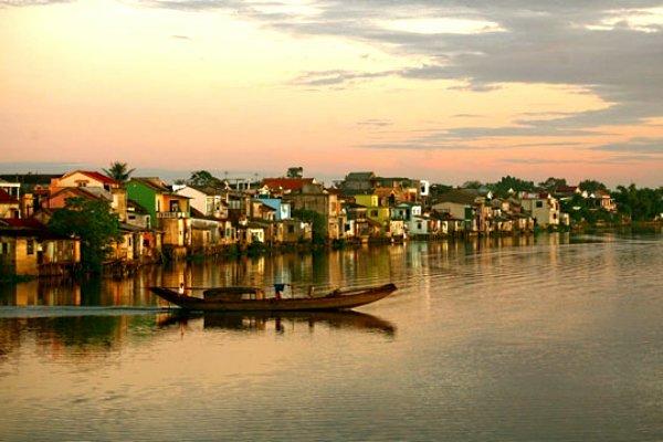 Một thời cảng phố ven sông