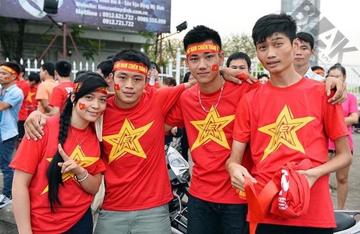 Áo cờ đỏ sao vàng cách điệu 001